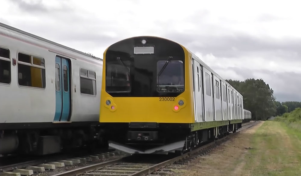 Vivarail Class 230 Battery train Rail Live 2018